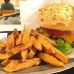 【大阪・梅田】BURN SIDE ST CAFE – UMEDA FOOD HALLで、大きくて熱々カスタムバーガーのランチ